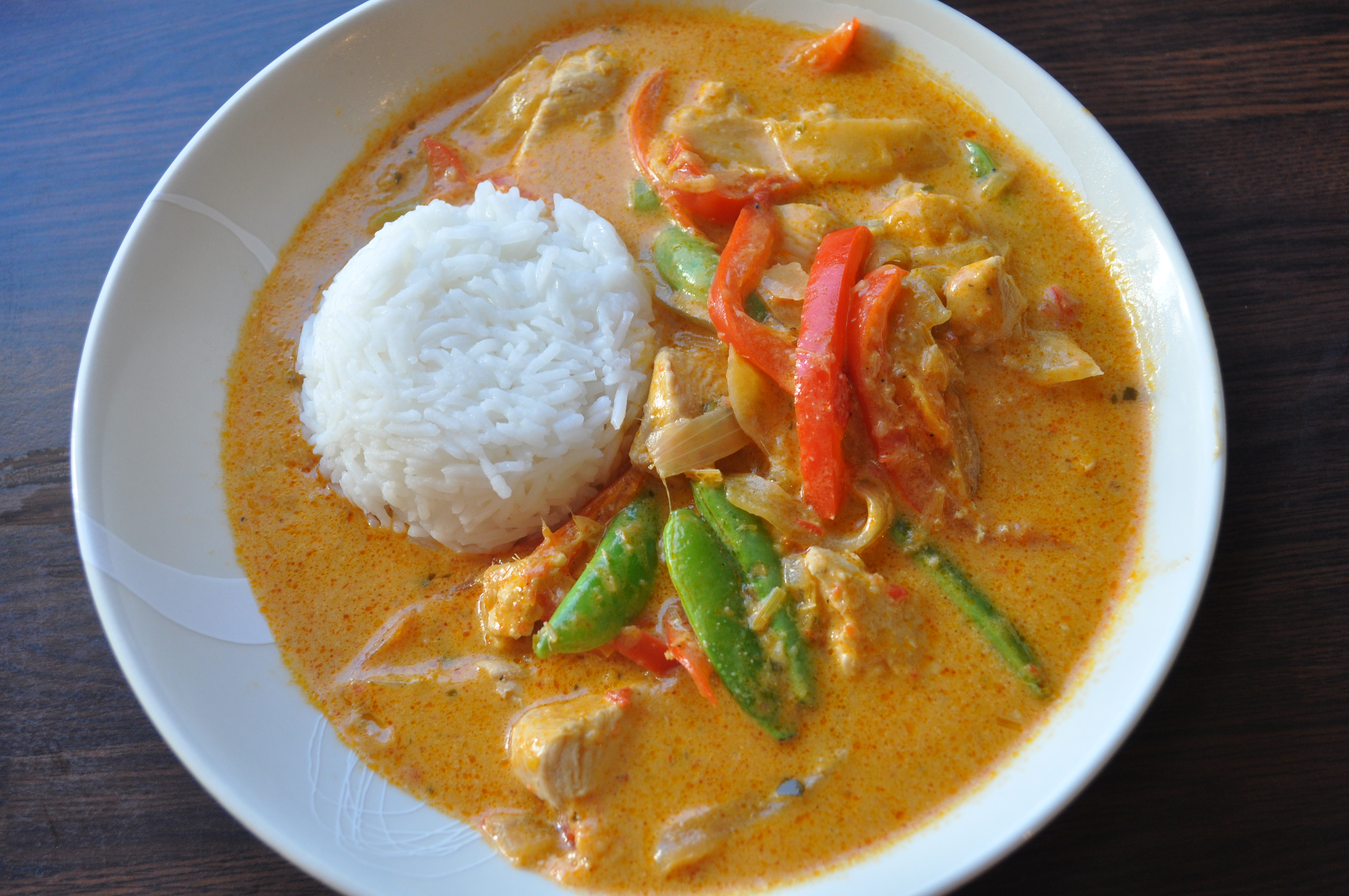 Thai red chicken curry a cookbook collection for Best thai red curry